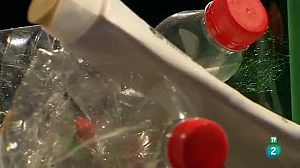 Amarillo: a por la solución a tanto plástico en el medio ambiente