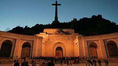 A partir de hoy - ¿Podrían los benedictinos paralizar la exhumación de Franco?
