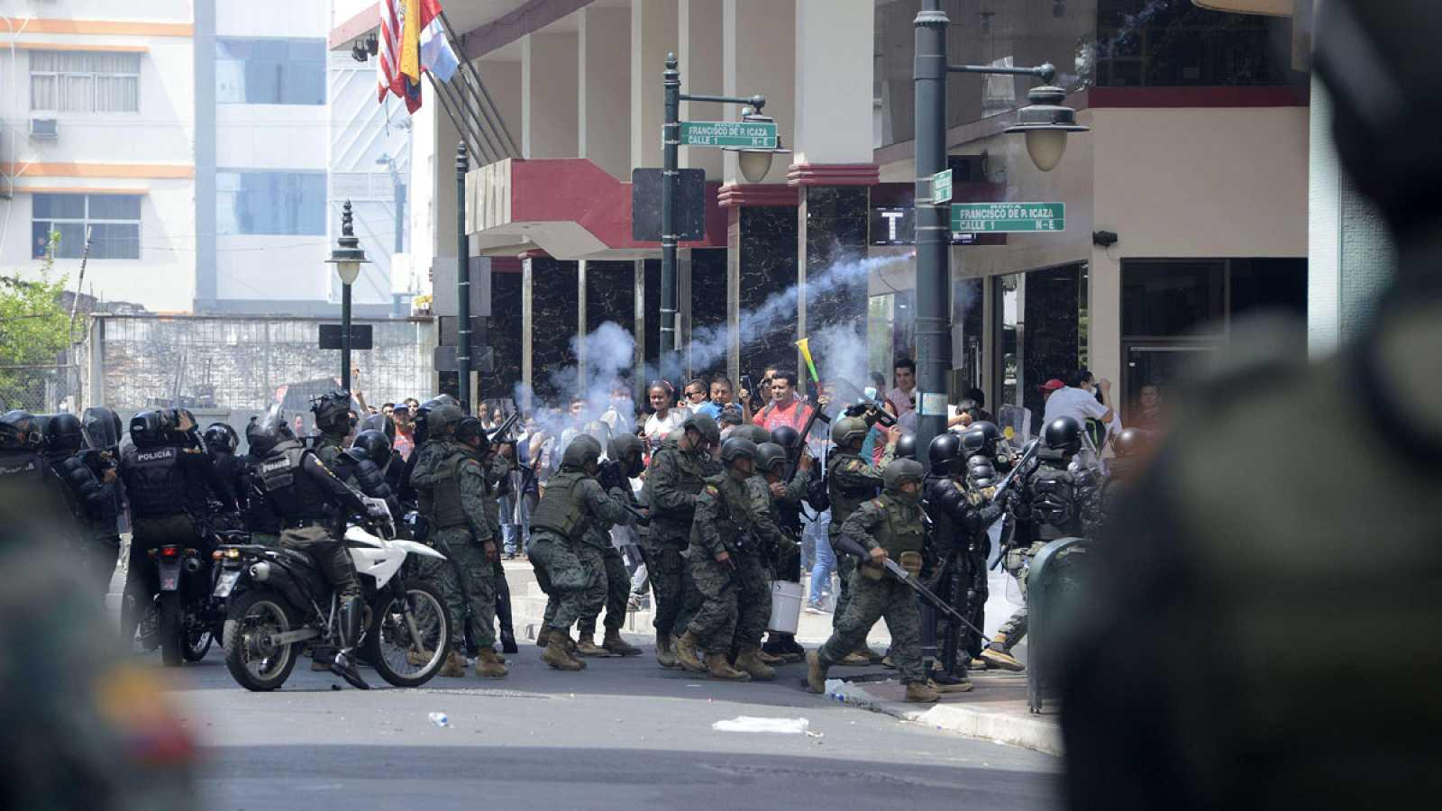 Las consecuencias de la subida del carburante en Ecuador