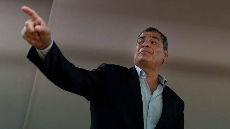 Rafael Correa pide elecciones anticipadas en Ecuador