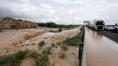 Orihuela y Los Alcázares siguen sin recuperarse un mes después de las graves inundaciones por la gota fría