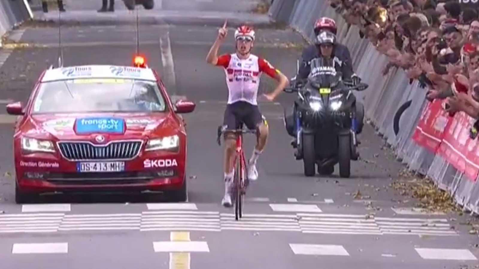 El belga Jelle Wallays gana por segunda vez la París-Tours