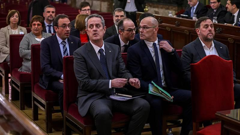 El Tribunal Supremo hacondenado al exvicepresidente catalán Oriol Junqueras a 13 años de prisión por sedición y malversaciónyaJordi Sànchez, expresidente de la ANC, yJordi Cuixart, líder de Òmnium Cultural,a 9 años de cárcel solo por el primer