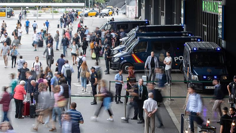 Colas de viajeros en Sants tras 20 horas de suspensión del AVE
