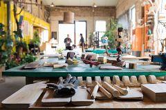 España Directo - ¿Cómo trabaja una fábrica de juguetes?