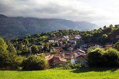 España Directo - Visitamos Asiegu, el Pueblo Ejemplar 2019