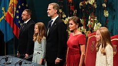 La Familia Real llega al Teatro Campoamor para los Premios Princesa de Asturias