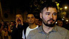 Rufián abandona la concentración de los CDR en Barcelona entre abucheos e insultos