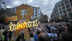Primera jornada de protestas pacíficas tras siete días de altercados violentos contra la sentencia del 'procés' en Cataluña
