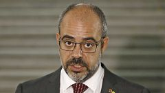 """Buch considera """"inaceptable política, moral e institucionalmente"""" que Sánchez no quiera hablar con Torra"""