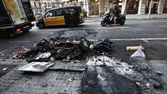 Los disturbios en Barcelona han provocado daños en el mobiliario urbano por valor de más de dos millones y medio de euros