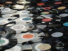 A partir de hoy - ¿Escuchar música en vinilo es postureo?