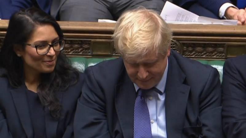 El Parlamento rechaza los plazos de Johnson para tramitar la ley del 'Brexit'