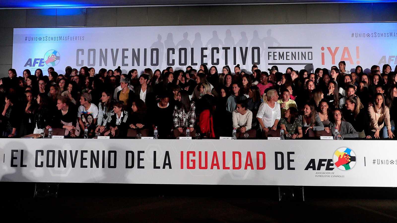 Las jugadoras de fútbol de Primera División han decidido convocar una huelga tras el bloqueo existente en la negociación del que sería su primer convenio colectivo.