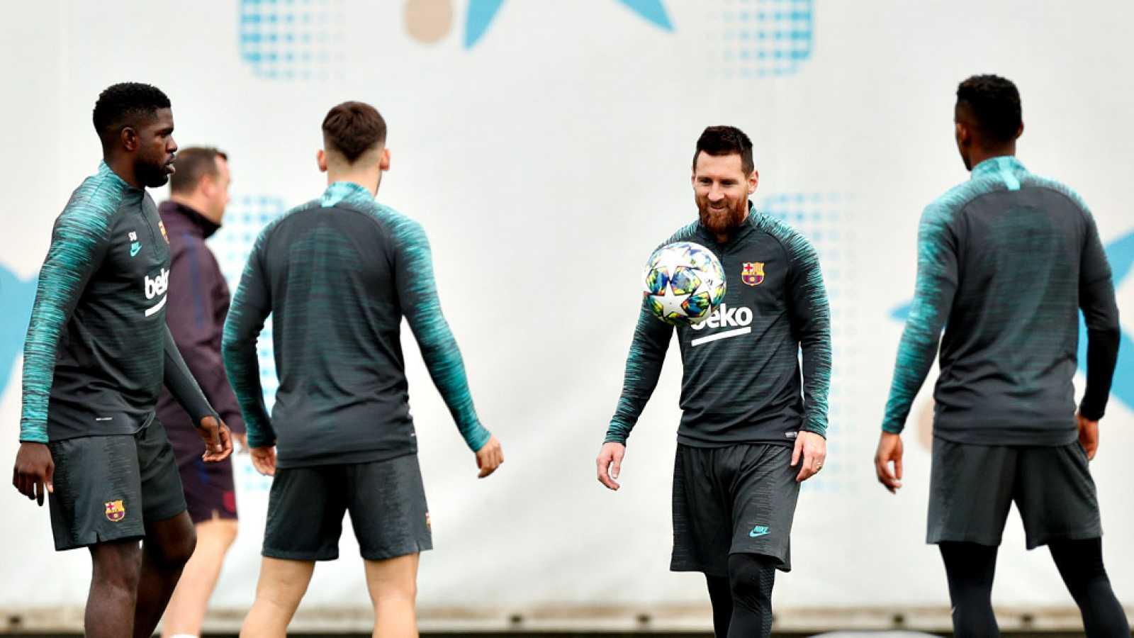 El mítico jugador checoslovaco le pide al Barça y a Valverde que exhiban su estilo 'tiki-taka' en el duelo de Champions que enfrenta a los culés con el Slavia de Praga.