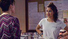 Mercado Central - Carmen exige a Carla que no se acerque a Samuel