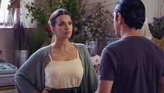 Mercado Central - Cristina le pregunta a Doménico por su tatuaje