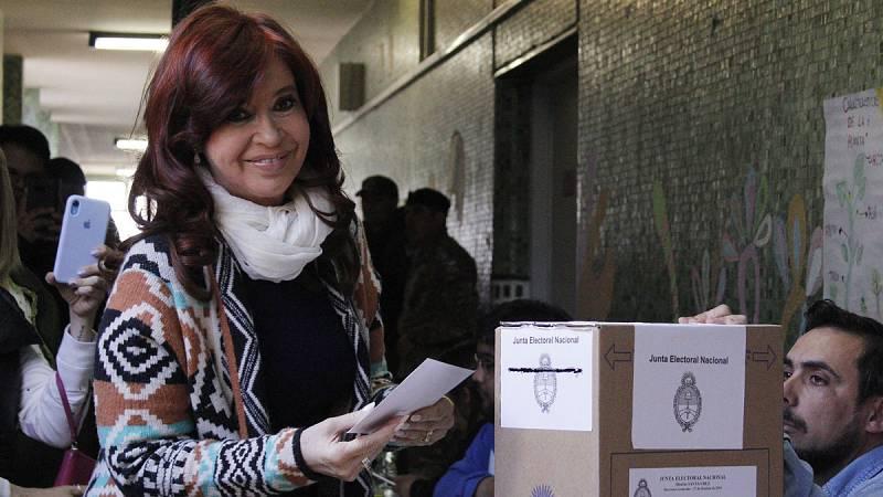 La grave crisis económica en Argentina ha dominado toda la campaña electoral que concluyó el viernes y sus efectos han sido determinantes para posicionar al candidato peronista, Alberto Fernández, como favorito en los comicios de este domingo frente