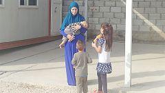 """Romina, """"engañada"""" por su marido yihadista, quiere volver a España con sus hijos"""