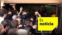 Tensión entre estudiantes en Cataluña en la primera jornada de huelga contra la sentencia del 'procés'