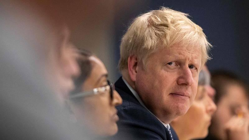 """Johnson asegura que su acuerdo con Bruselas es """"la única manera de cumplir el 'Bréxit'"""""""