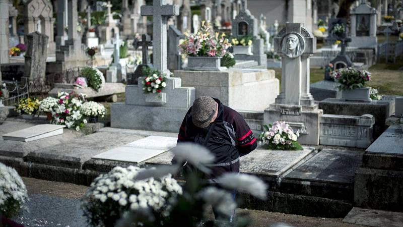 Centenares de lápidas se ven afectadas por el robo de cobre y adornos en cementerios de toda España