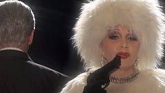 A partir de hoy - Alaska se disfraza de Joan Collins para si último single, 'Boomerang'