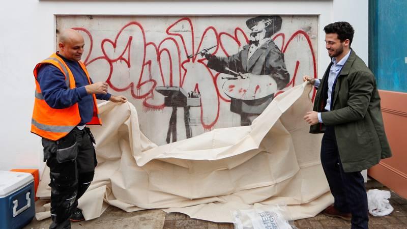 Aparece un mural de Banksy, en Londres, que estaba oculto por unas obras desde hace once años