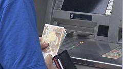 A partir de hoy - ¿Pagamos demasiadas comisiones a los bancos?