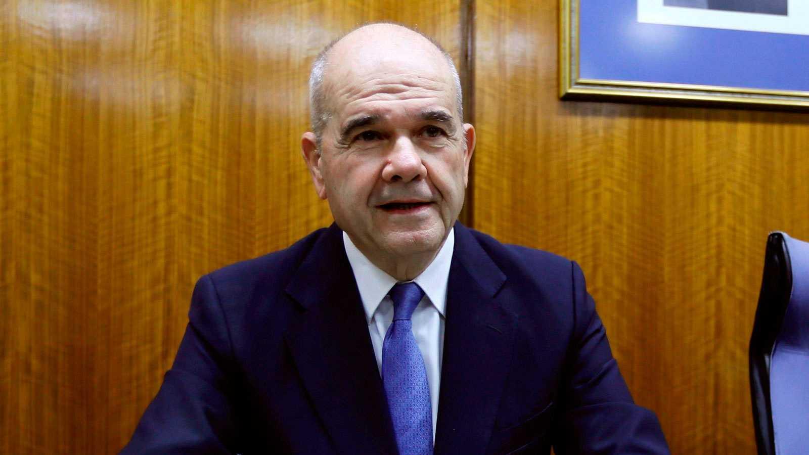 Chaves se niega a declarar en la comisión sobre la Faffe del Parlamento andaluz y Griñán no se presenta