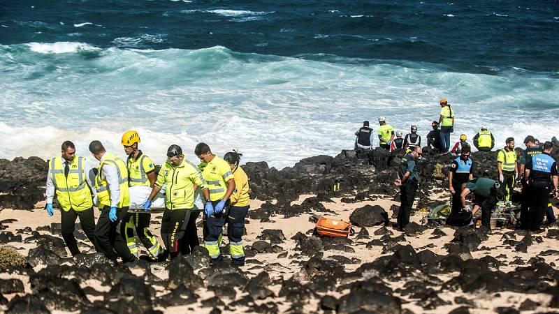 Ya son nueve los migrantes fallecidos en el naufragio de una patera en la costa de Lanzarote