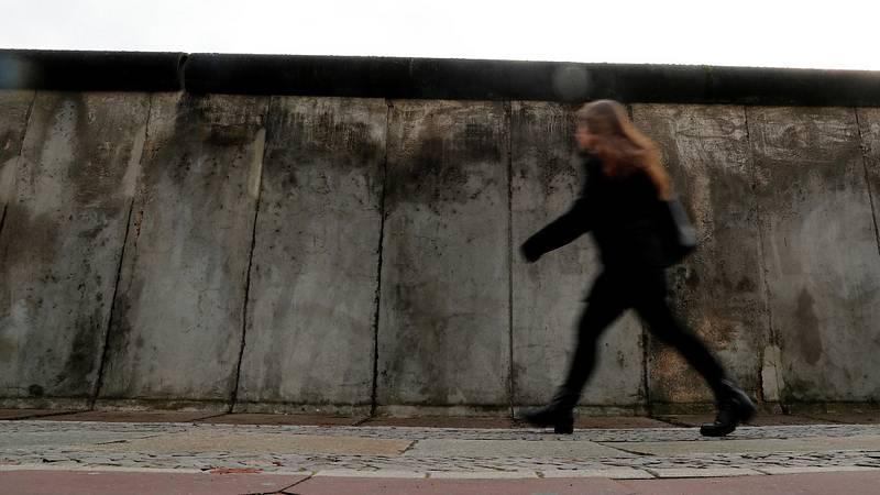 Testigos de la caída del Muro de Berlín recuerdan la jornada histórica