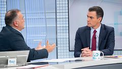 """Sánchez asegura el Gobierno va a actuar """"con firmeza democrática"""" en Cataluña y pide el apoyo de PP y Cs"""