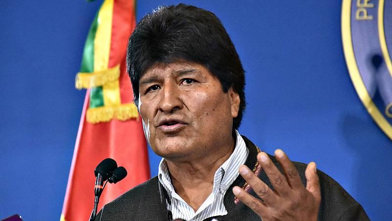 Evo Morales renuncia en Bolivia tras retirarle su apoyo el Ejército y la policía