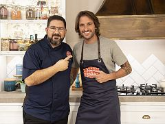 """El chef Ale Alcántara, visita """"Hacer de comer"""""""