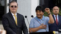 "Evo Morales llega a México como asilado tras un largo ""periplo"""