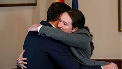 PSOE y Podemos firman un acuerdo para un gobierno progresista de coalición con Iglesias como vicepresidente