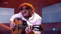"""Josemi Carmona toca """"Tía Marina Habichuela"""" en La 2 Noticias"""