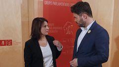 Lastra y Rufián se reúnen en el Congreso para negociar la posición de ERC para la investidura de Sánchez