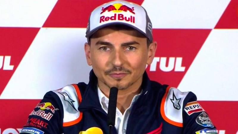 El piloto español Jorge Lorenzo, cinco veces campeón del mundo, ha anunciado su retirada como piloto profesional a los 32 años de edad.