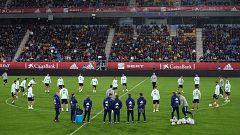El público de Cádiz anima a la selección en el entrenamiento