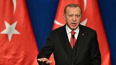 Turquía deporta a ocho presos europeos que combatieron en el Daesh
