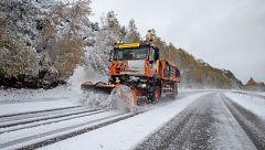 El temporal de nieve dificulta el tráfico en 112 carreteras