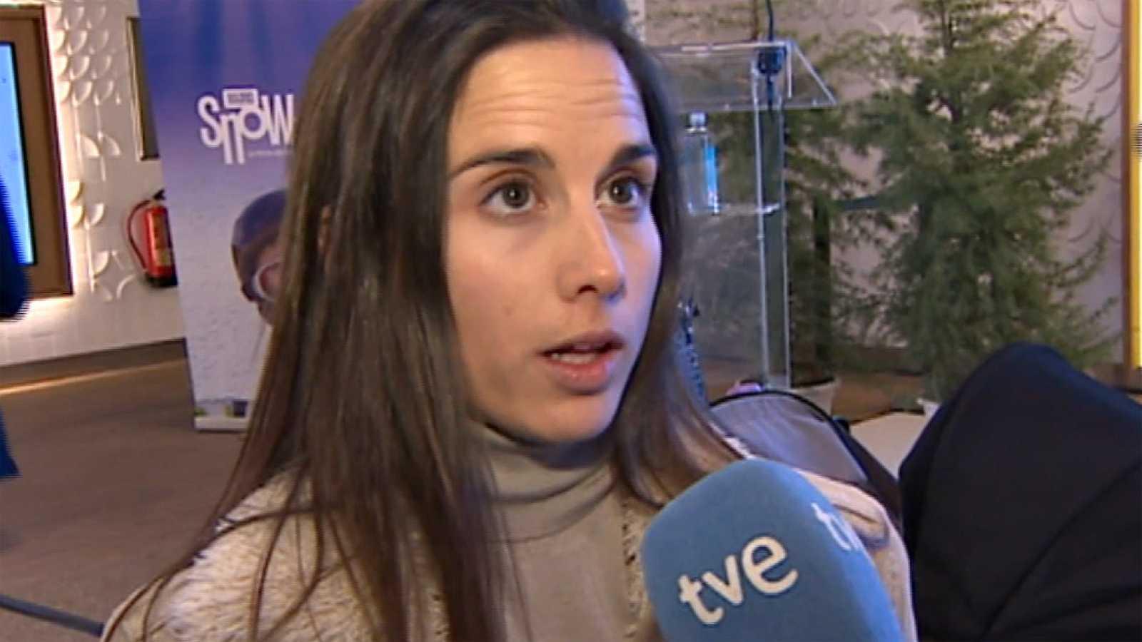 La rider de Sabadell reivindica el Halfpipe en la tercera gala anual de los deportes invernales. Castellet, designada mejor deportista del año, ha compartido protagonismo con las olímpicas históricas en la III Gala de los Premios Nacionales de los De