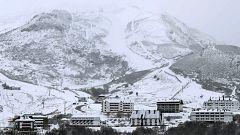 El frente que ha azotado el norte peninsular con nevadas empieza a remitir