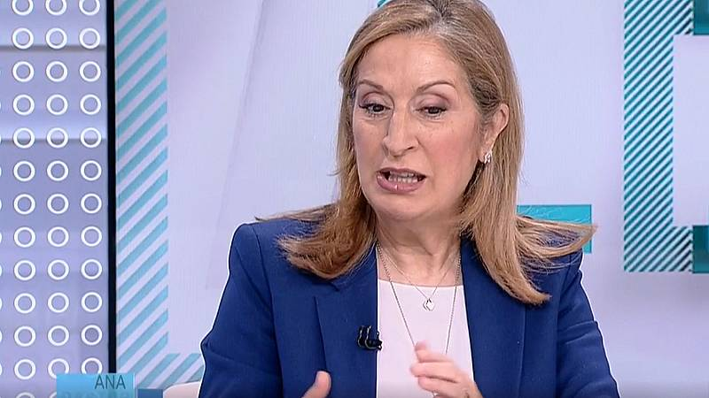 """Ana Pastor asegura que es """"una vergüenza"""" que Sánchez no haya llamado ya a Pablo Casado tras las elecciones"""