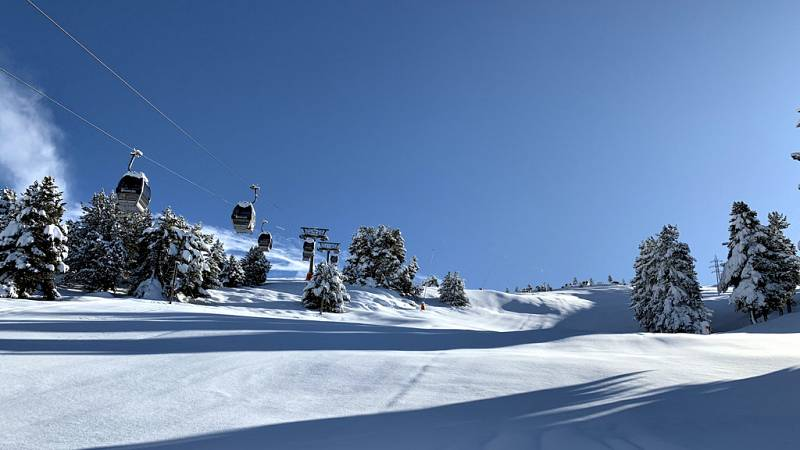 La estación de la Val d¿Aran adelanta su apertura gracias a las fuertes nevadas de la primera quincena de noviembre.