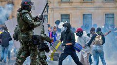 """La jornada de """"paro nacional"""" en Colombia termina con cacerolazos e incidentes aislados en Bogotá y Cali"""