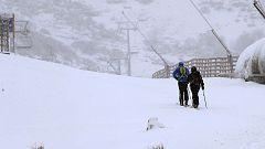 Las estaciones de esquí españolas comienzan a abrir sus pistas