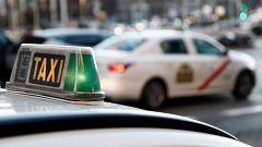 Uber permite pedir taxis en Madrid a través de su aplicación y en las mismas condiciones que un VTC